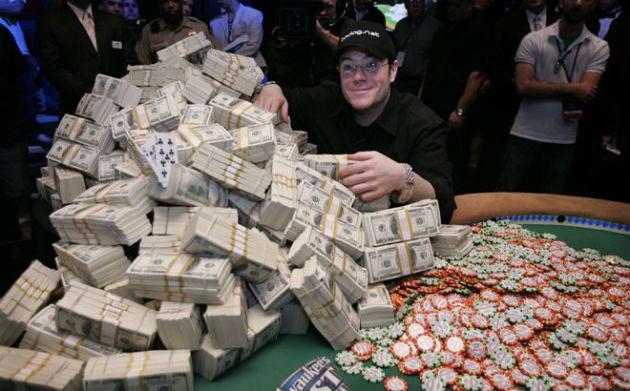 Cara menjadi pemain poker profesional