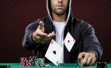 Poker dan seni bluffing